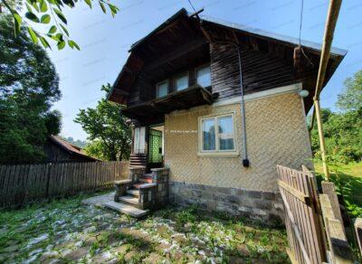 Casa cu 3 camere de Vanzare in Comarnic, zona Ghiosesti